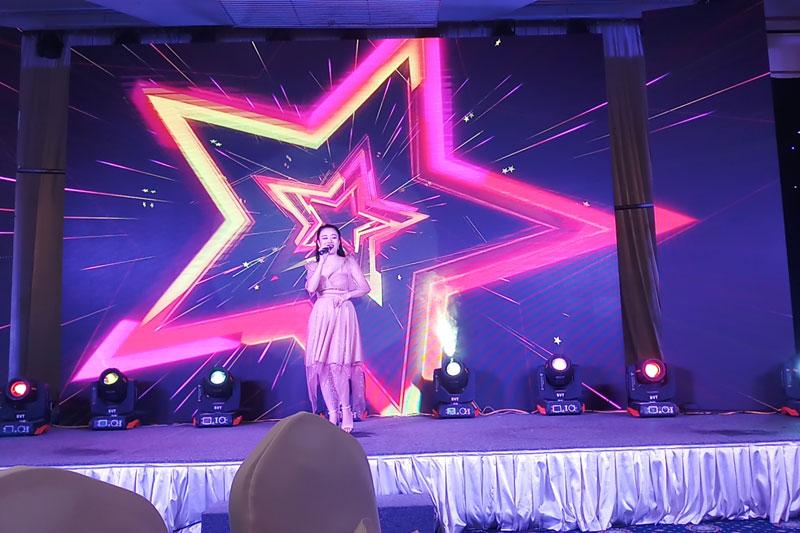 Ca Si Hat Tai Hoi Nghi Khach Hang Philips 2019