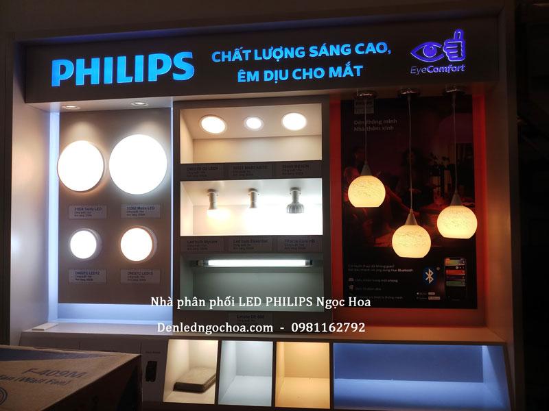 Nha Phan Phoi Den Led Philips NgocHoa 2